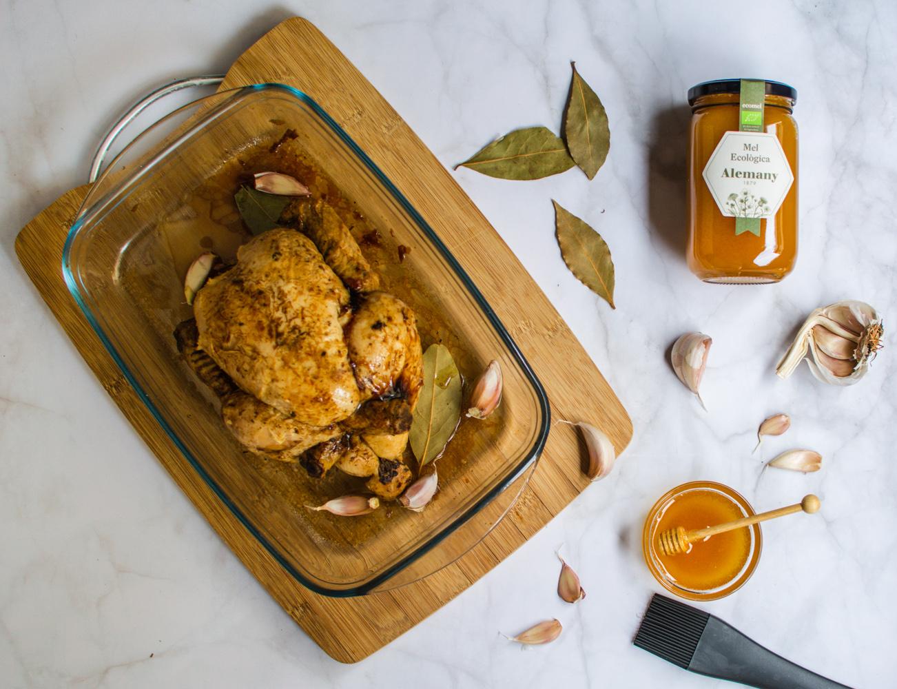 Pollo asado al horno con miel ecológica Alemany