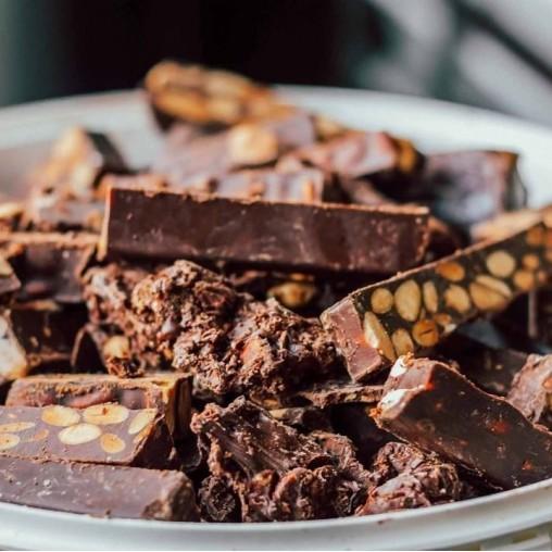 Turrón Chocolate Almendras 500g | Alemany Online
