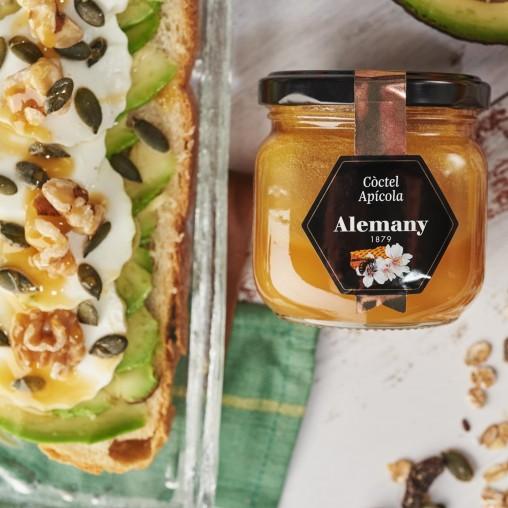 Miel con polen, jalea real y propóleo Alemany para combinar con tostada, aguacate y queso fresco