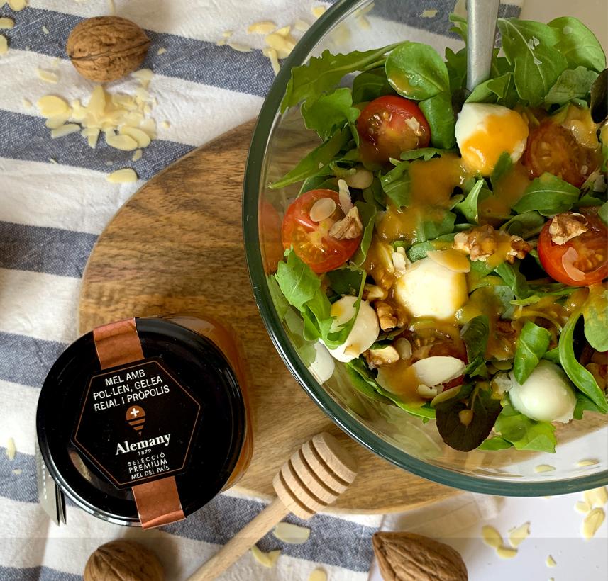 Receta ensalada con vinagreta de melocotón y miel con polen, jalea real y própolis