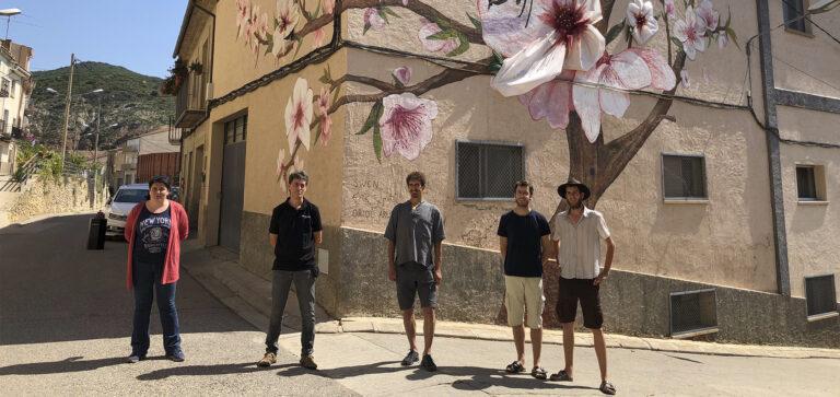 Mural Abelles Os de Balaguer | Erik i Swen Schmitz, Oriol Arumí, Estefania Rufach, Ferran Alemany