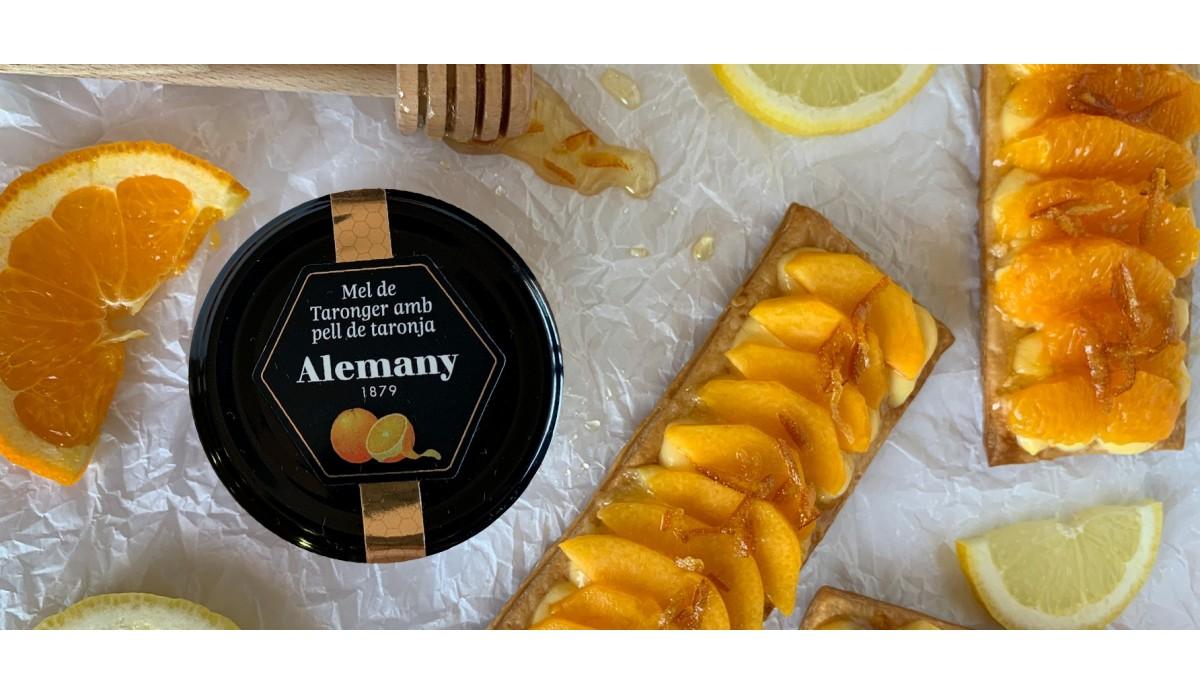 Receta Hojaldre con fruta y miel de azahar con piel de naranja