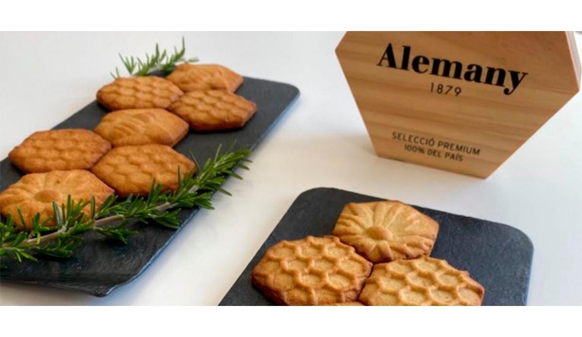 Alemany promou 'La galeta del Montsec' una creació dels alumnes de l'Escola d'Hoteleria i Turisme de Lleida