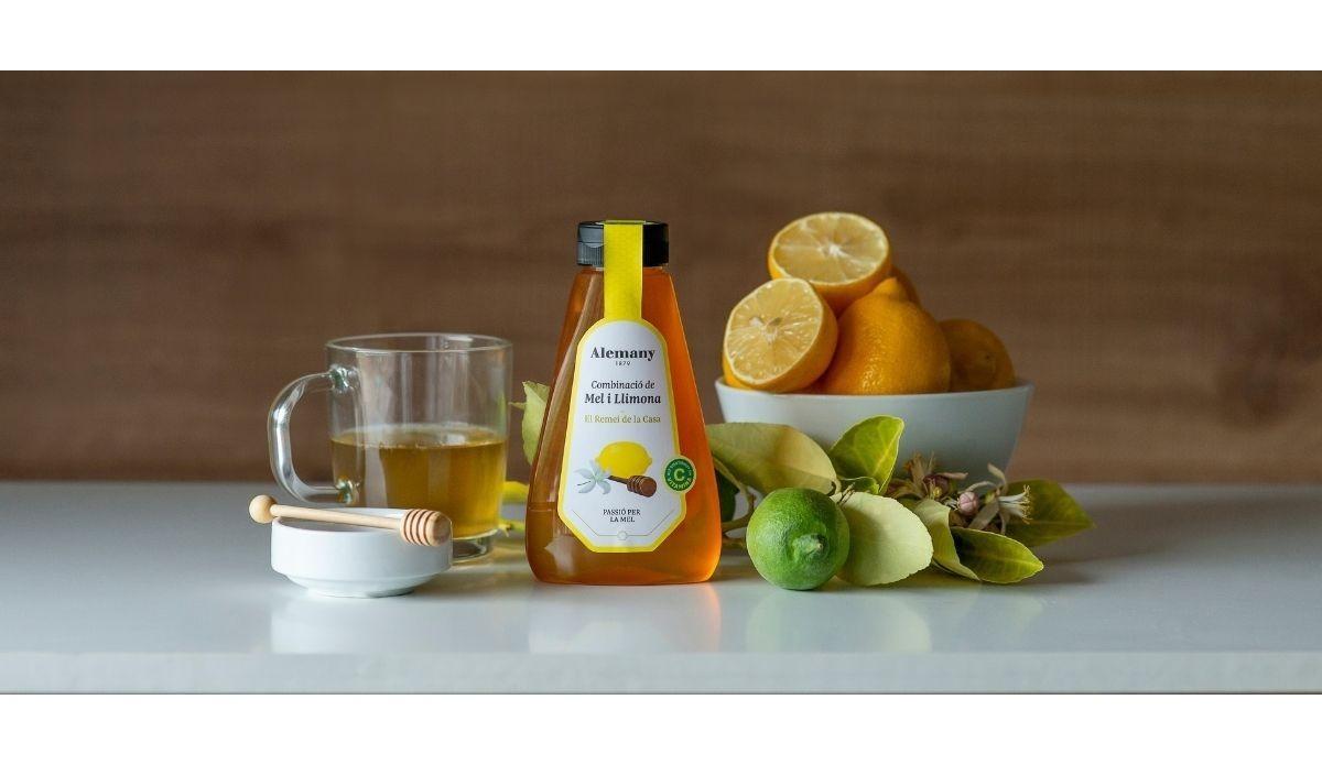 La miel con limón, un nuevo producto del sello 'BeeLab', que recupera la tradición curandera