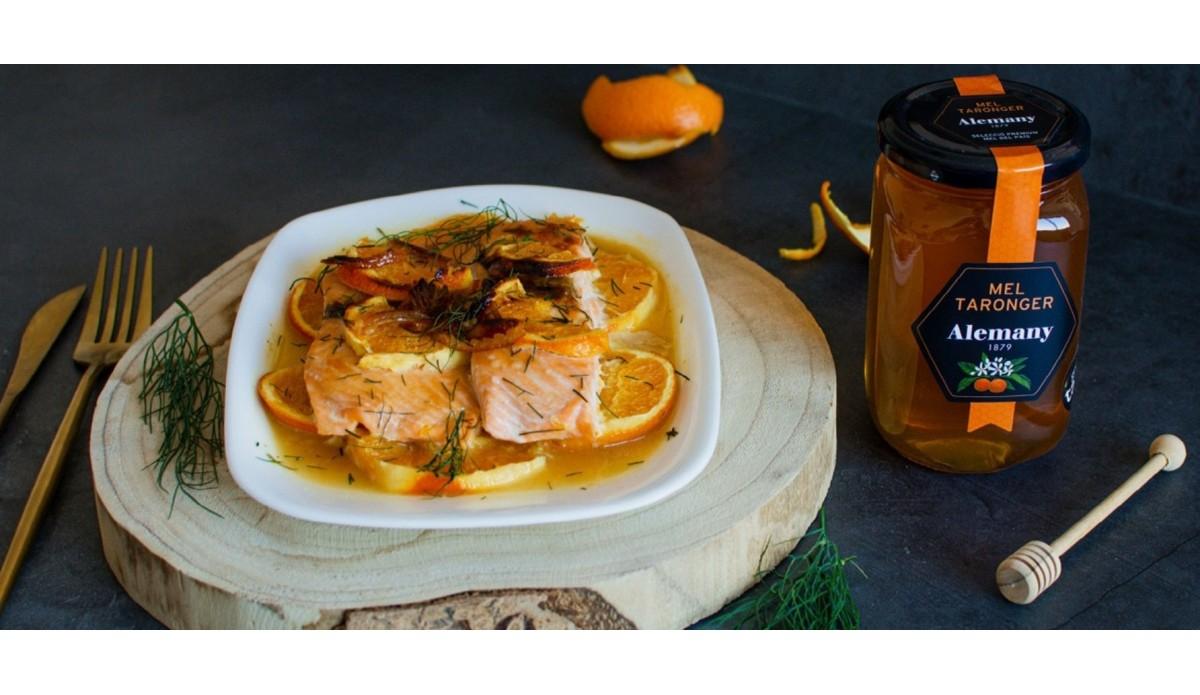 Salmón a la naranja con miel de azahar
